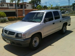 Toyota Hilux Doble Cabina 4x2 2005