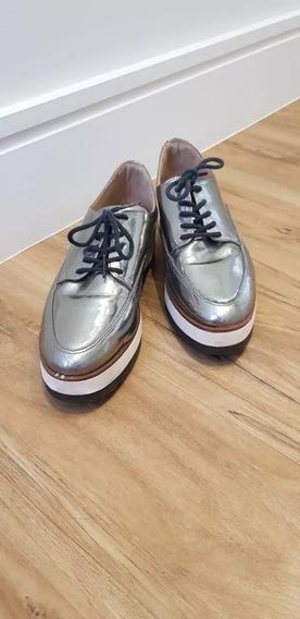 Sapato Fechado Tomboy Oxford Arezzo Prata