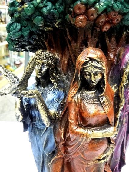 Deusa Tríplice Bruxas Wicca 25cm Colorida Resina Fases Lua
