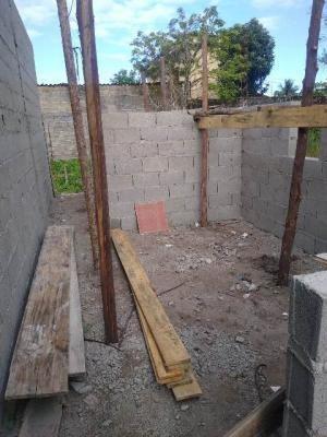 Terreno Com Construção Iniciada Em Itanhaém/sp