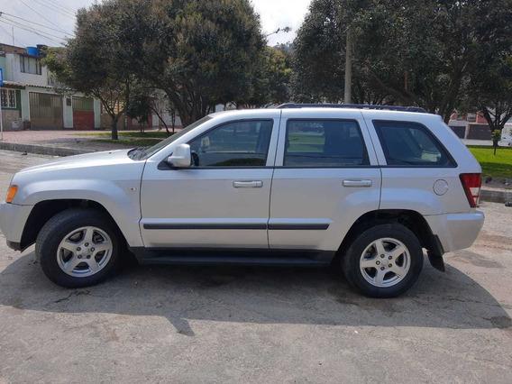 Jeep Grand Cherokee Laredo Excelente Estado