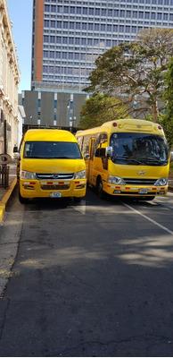 Microbuses: Transporte Privado Con Chofer