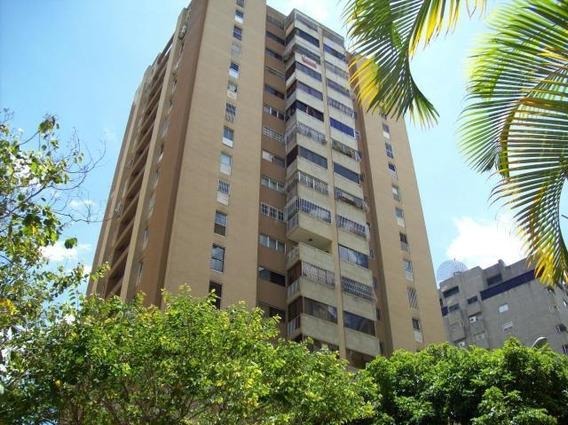 Apartamento En Vta Urb. 19-14186