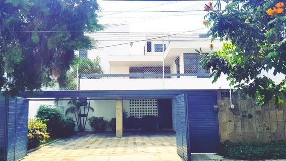 Casa En Venta En Chapalita, Zapopan.