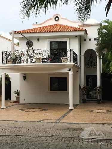 Casa En Renta En Playa Del Carmen/riviera Maya/playacar Fase 2