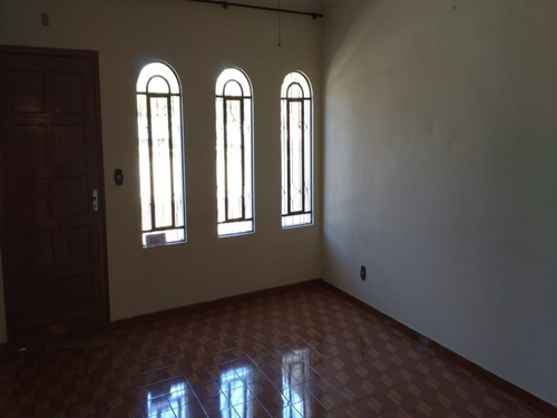 Sobrado No Bairro Jardim Em Santo Andre Com 03 Dormitorios - V-23355