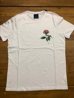Camiseta Flor E Escrito Manga