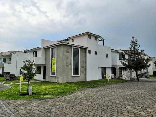 Casa Nueva En Venta Metepec Condado Del Valle