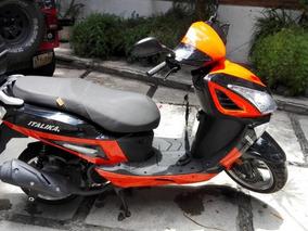Scooter Italika 175cc Semi Nueva