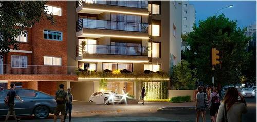 Venta De Apartamento Penthouse 1 Dormitorio Con Terraza En Punta Carretas