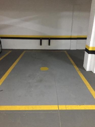 Imagem 1 de 13 de Vaga De Garagem Livre No Centro - Gr0005