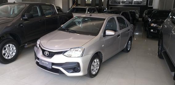 Toyota Etios 1.5 Sedan X Con Gnc