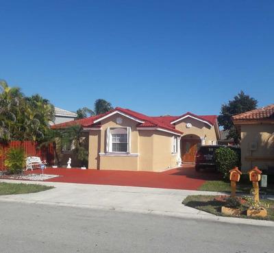 Casa En Miami De 3 Habitaciones 2 Baños