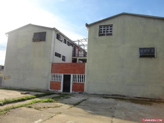 Apartamento En Venta En Dos Lagunas Santa Teresa Del Tuy