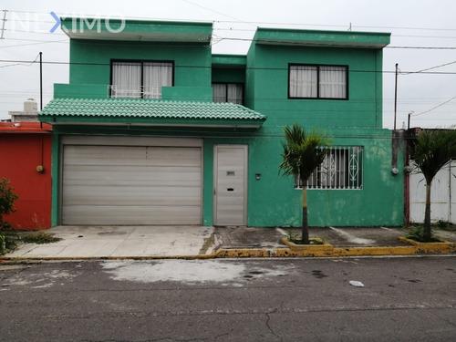 Imagen 1 de 14 de Venta De Casa En Col Ruiz Cortines, Veracruz, Veracruz