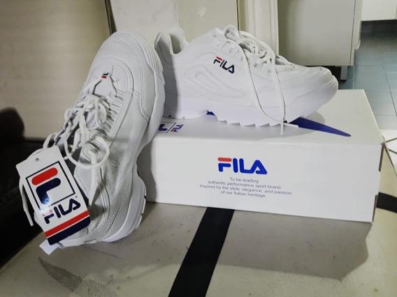 Zapatillas Fila Disruptor Talle 40. Sin Uso.