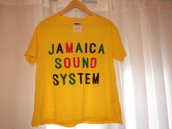 Remera Jazmin Chebar Jamaica