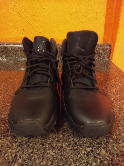 Nike Jordan Lift, Color Negro 27 Cm.