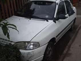 Kia Avella 2 Sedan