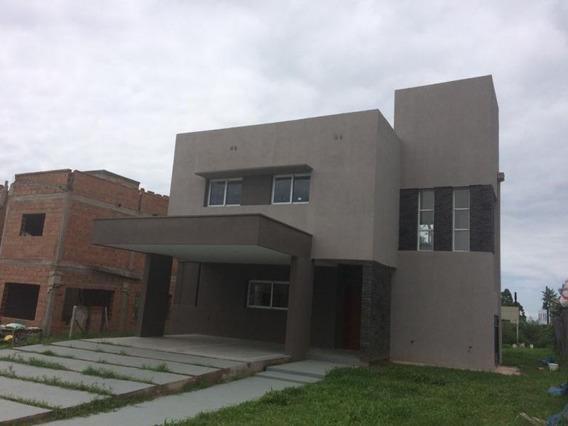 Casa En Venta En Vilanova