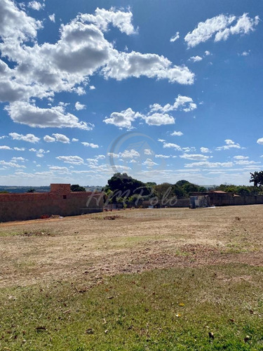 Imagem 1 de 5 de Terreno À Venda Em São Pedro - Te033831