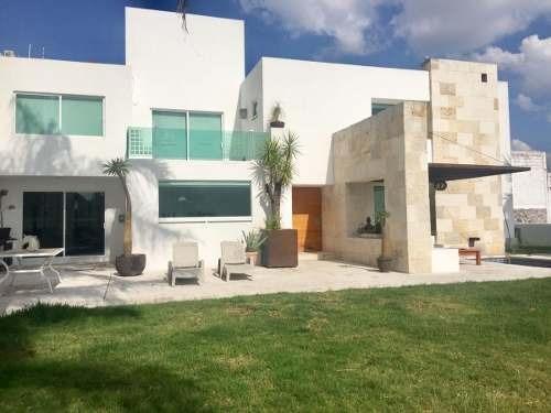 Casa Céntrica Fracc Privado, Zona Plaza Del Parque, Hito, Arboledas.