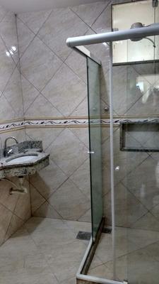 Vendo Casa Com 2 Qtos Sala Cozinha Banheiro Varanda Garagem