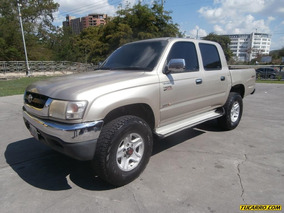Toyota Hilux Pick Up D/cabina 4x4