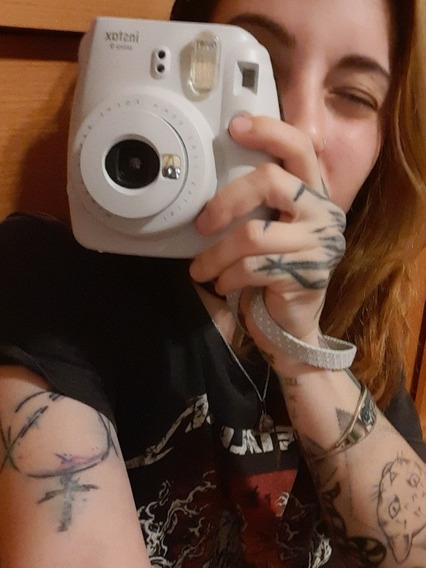 Instax Mini 9 Branco Gelo+ Bolsa + 10 Filmes (tipo Polaroid)