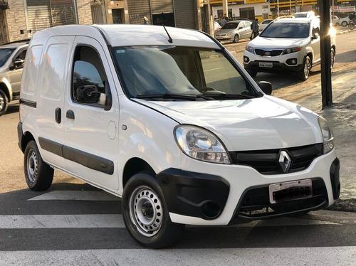 Imagem 1 de 6 de Renault Kangoo 1.6 Express 16v 2017