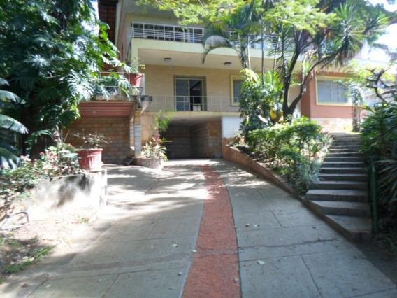 Excelente Casa De Quatro Quartos Na Orla Da Lago Da Pampulha - 4019