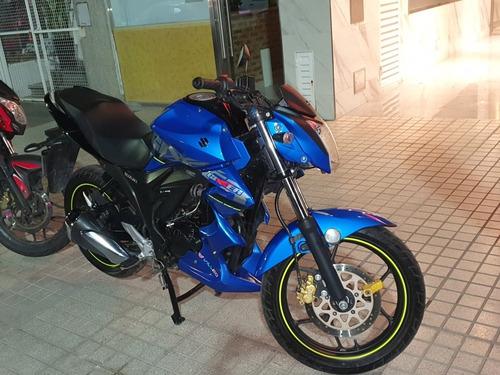 Imagen 1 de 5 de Suzuki  Gixxer
