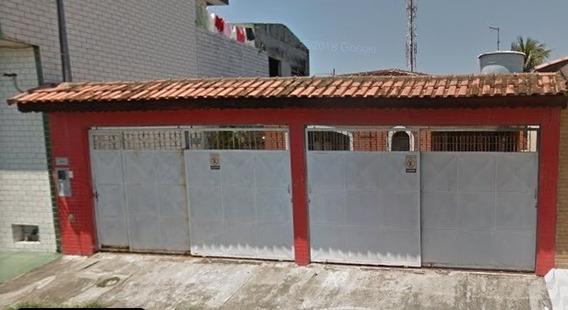 Casa Com 3 Domitórios, 3 Banheiros E Garagem Para 5 Carros