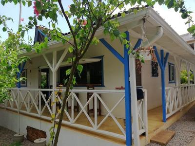 Hermosa Casa Del Caribe De 1 Hab. Con Altillo