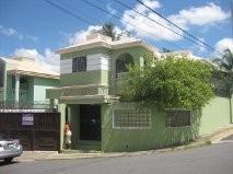 Casa Dos Niveles Vista Hermosa De Oportunidad