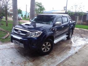 Toyota Hilux Sr 4x2 3.0 Cubiertas Mt