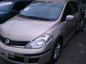 Nissan Tiida 1.8 Visia 5 P 2013 E01