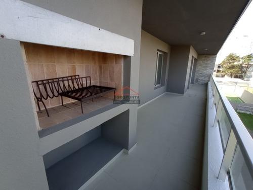 Apartamento En Zona Brava * 3 Dormitorios- Ref: 5358