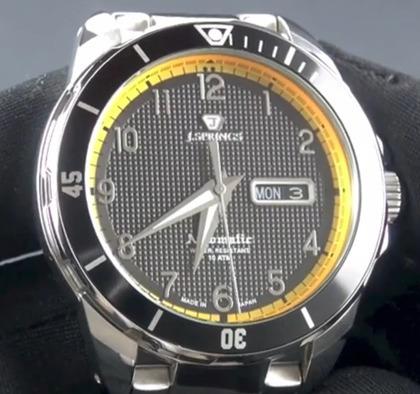 J Springs Beb075 Automático Día Y Fecha Wr100m Relojfilia