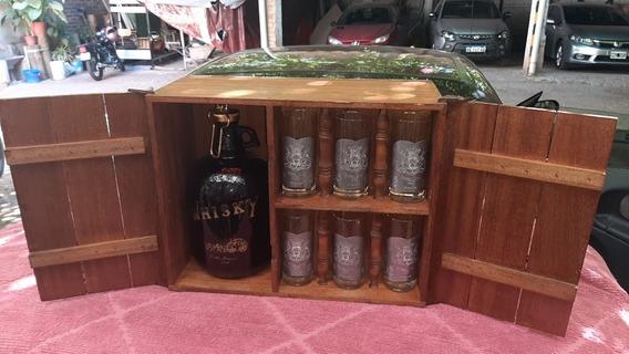 Vinoteca Con Botellon Vasos Etiqueta De Plomo Royal Club