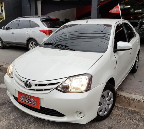 Etios Sedan 1.5 Xs 2016 Branco