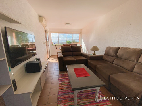 Apartamento En Maldonado- Ref: 1285