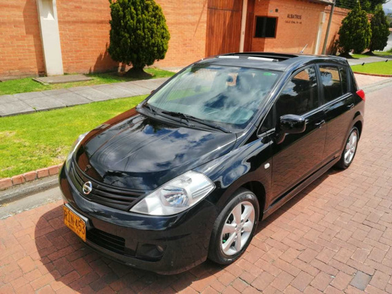Nissan Tiida Premium 1.8 Aut 5p 2012