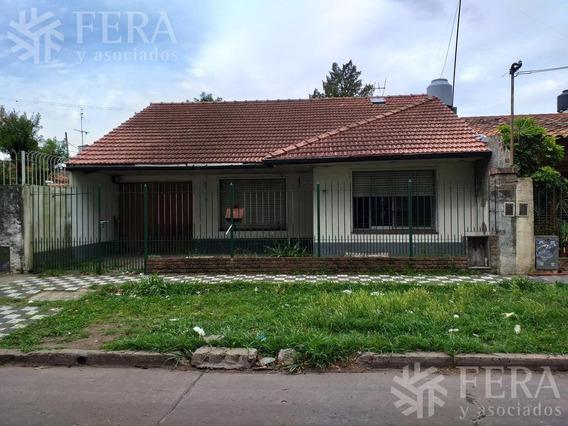 Venta De Casa 3 Ambientes Con Cochera En Quilmes Oeste (26178)