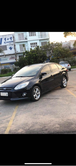 Ford Focus Sedan 2.0 S Flex Aut. 4p 2015