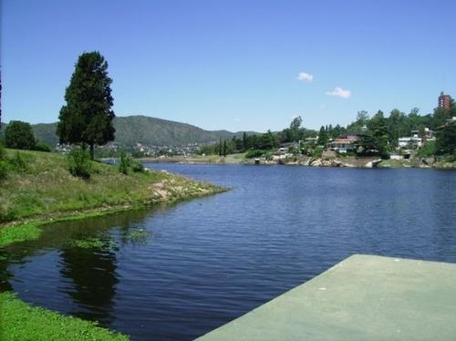 Imagen 1 de 14 de Casa En Carlos Paz Con Costa Al Lago (alquiler Anual)