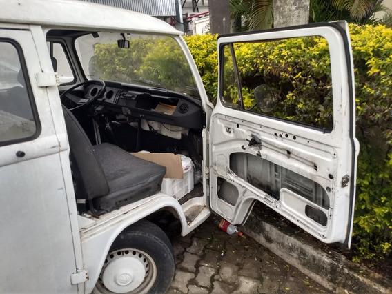 Volkswagem Kombi Motor 1.6 Ano 1994 Valor $6.000,00