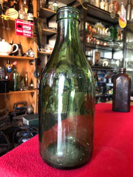 Antigua Botella De Color Verde En Relieve 1000 Ml Impecable