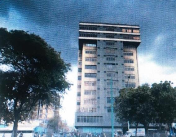 Oficinas En Venta Zona Centro Barquisimeto 21-13199 Arq