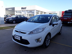 Ford Fiesta Kinetic Design 1.6 120cv Titanium Blanco 2012